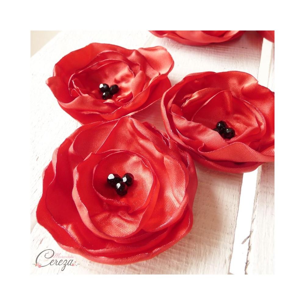 boutonni re mari t moin coquelicot fleur rouge noire. Black Bedroom Furniture Sets. Home Design Ideas