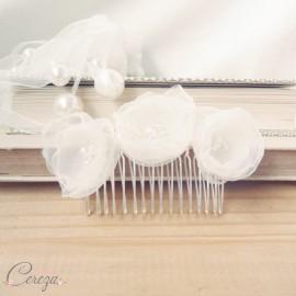Peigne de mariée fleurs d'organza 'Mélina' romantique