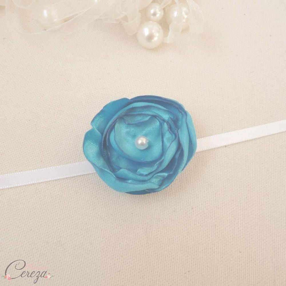 bracelet fleur bleu turquoise demoiselle honneur tenue cort ge. Black Bedroom Furniture Sets. Home Design Ideas