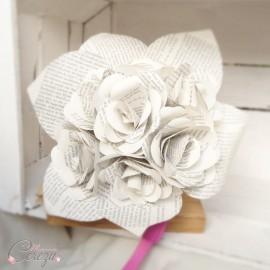 """Bouquet de mariée original roses de papier écriture """"Baudelaire"""""""