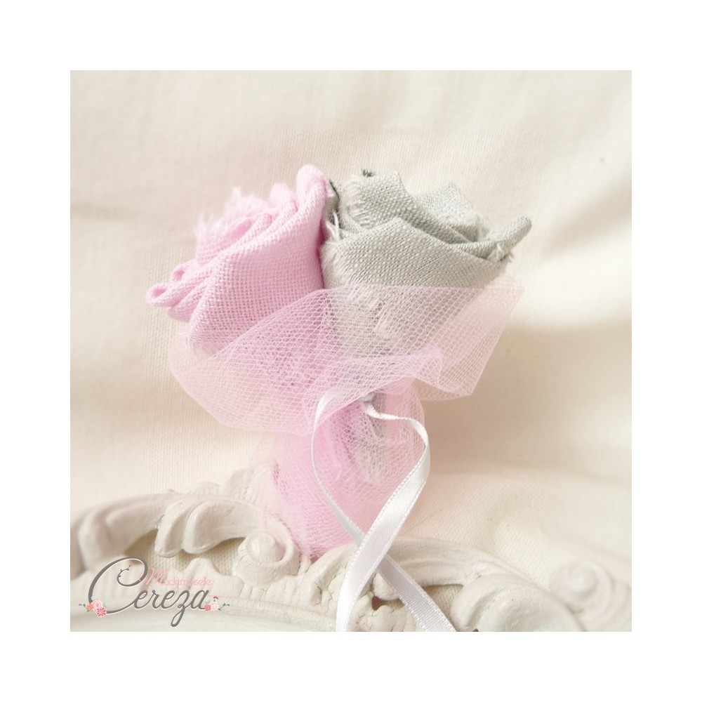 boutonniere mariage rose gris shabby chic 2 fleurs personnalisable. Black Bedroom Furniture Sets. Home Design Ideas
