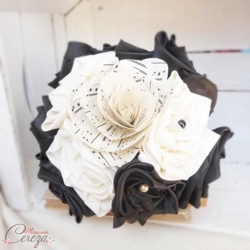 mariage theme musique chic partition baroque bouquet original. Black Bedroom Furniture Sets. Home Design Ideas