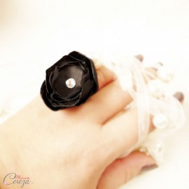 Bague fleur noire strass cristal Swarovski cadeau témoin personnalisable 'Venezzia'