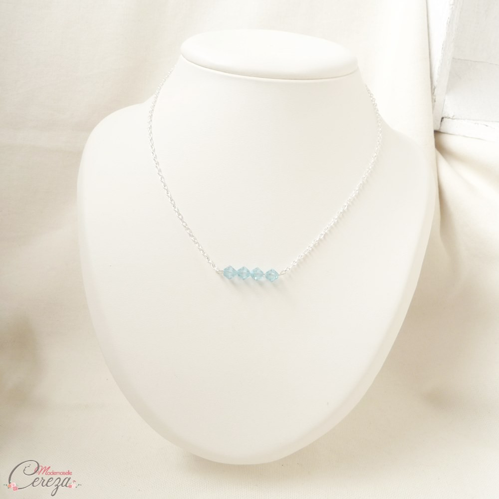 Célèbre collier mariée pendentif Swarovski cristal bleu discret sobre QZ95