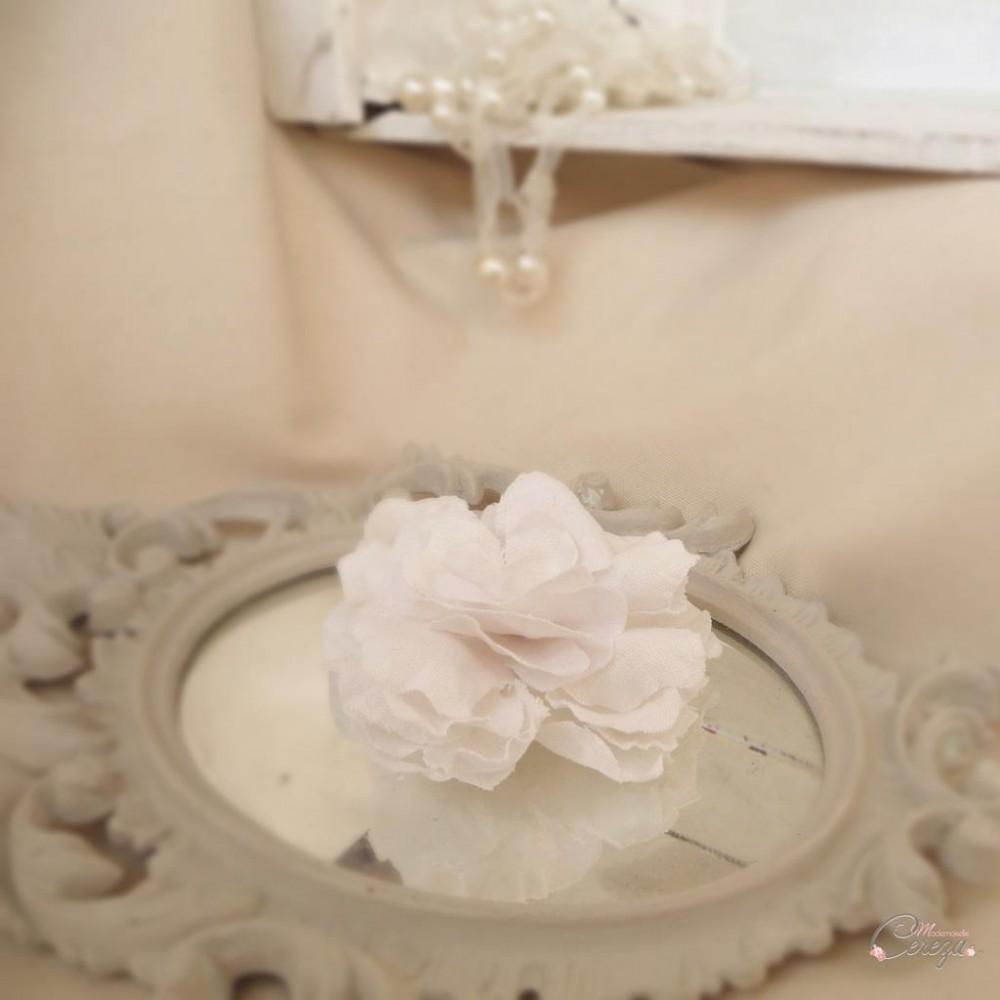 bijou de cheveux floral et nature en lin. Black Bedroom Furniture Sets. Home Design Ideas
