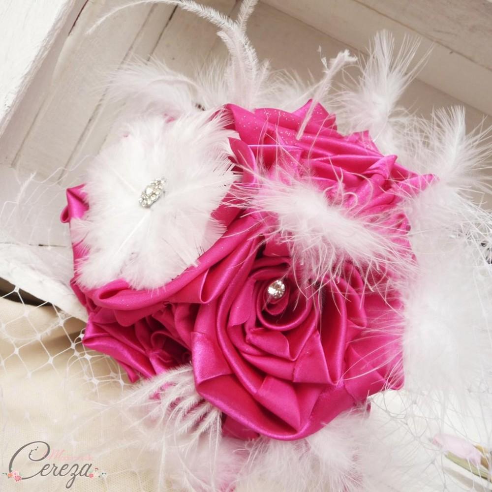Bouquet bijou de mariage cabaret plumes strass de cristal et voilette - Strass pour bouquet de mariee ...