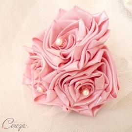 Bouquet demoiselle d'honneur Cléo rose pâle
