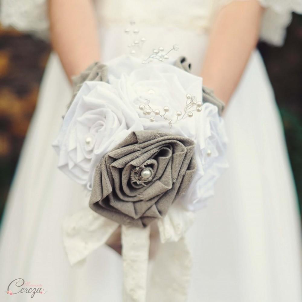 Bouquet de mariage rustique chic lin et perles bouquet bijou original - Mariage campagne chic ...