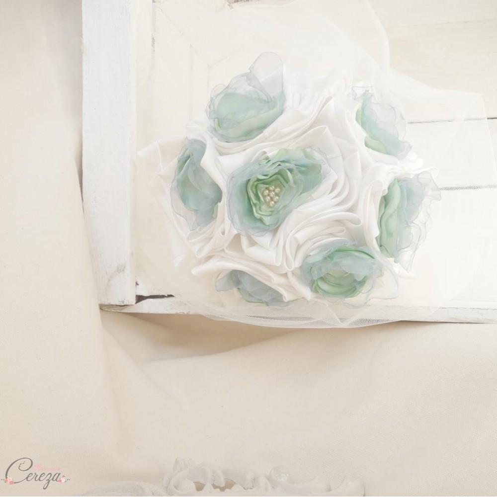 bouquet de mari e en tissu satin organza et perles ivoire. Black Bedroom Furniture Sets. Home Design Ideas