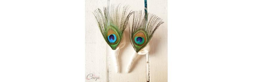 Boutonnière plume de paon