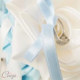 """Mariage bleu ciel ivoire porte-alliance original personnalisable """"Simplicité"""""""