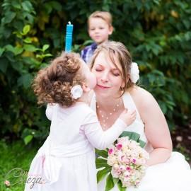Barrette demoiselle d'honneur fleur bleu turquoise Léa personnalisable