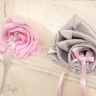 Mariage rose gris porte-alliances Duo fleurs original