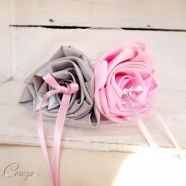 """Mariage rose gris porte-alliances original fleurs """"Simplicité"""""""