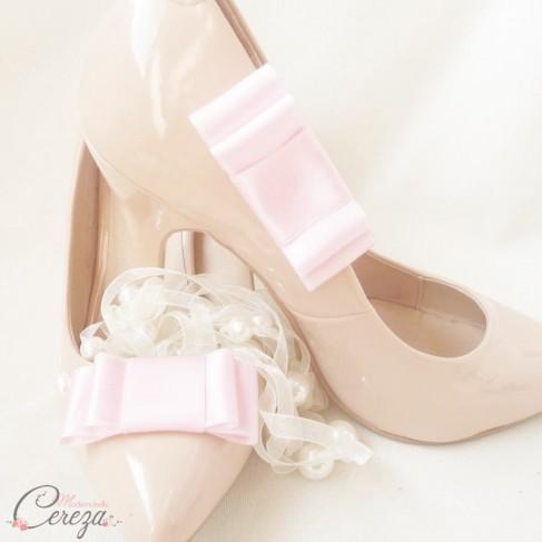 Bijoux de chaussures noeud rose pâle Mary