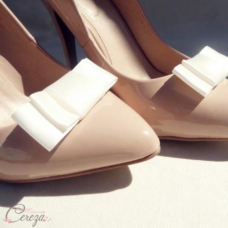 bijoux de chaussures shoe clip noeud ivoire mariage. Black Bedroom Furniture Sets. Home Design Ideas