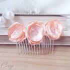 Peigne mariée petites fleurs rose pêche romantique chic 'Mélie'