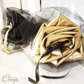 Mariage noir et or porte-alliances Duo chic bouquet original