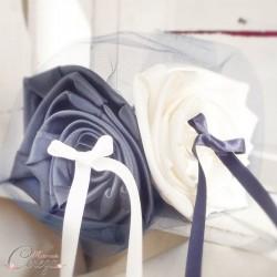 """Mariage bleu marine ivoire porte-alliances bouquet de fleurs original """"Simplicité"""""""