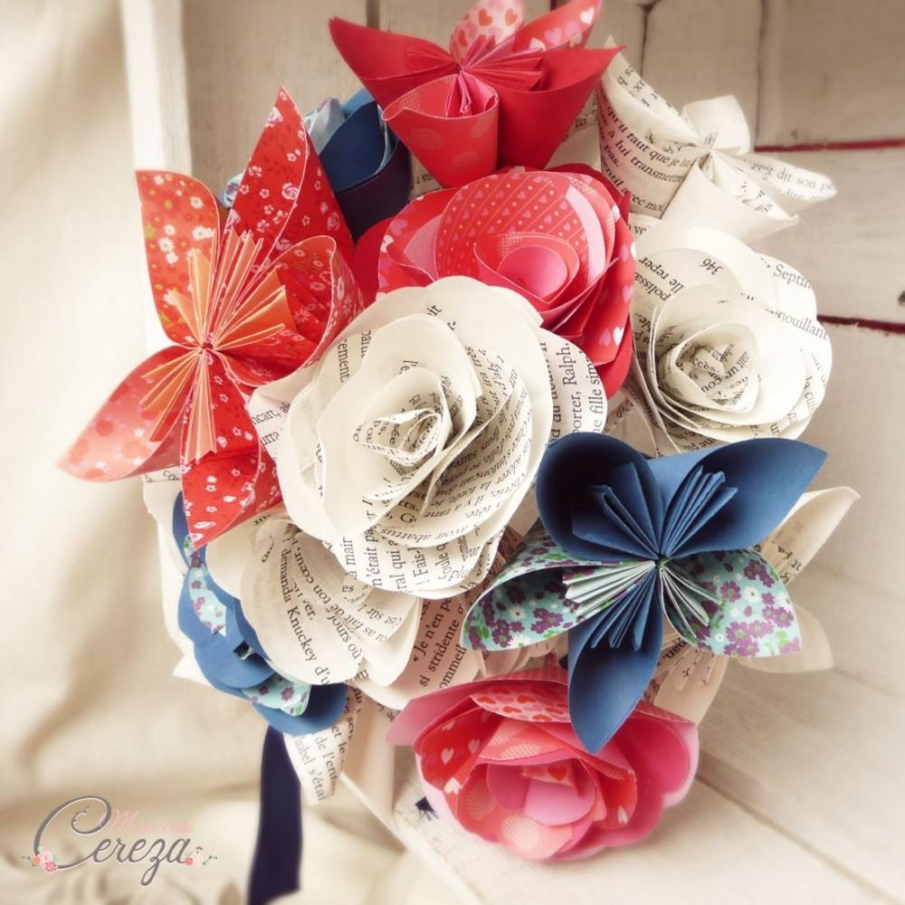 bouquet mariage atypique fleurs de papier original rouge bleu blanc. Black Bedroom Furniture Sets. Home Design Ideas