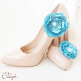"""Bijoux de chaussures fleur turquoise """"Laura"""" mariage, cérémonie"""