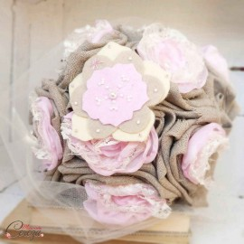 """Bouquet de mariage hiver campagne chic romantique lin dentelle perles beige rose pâle écru """"Lola"""""""
