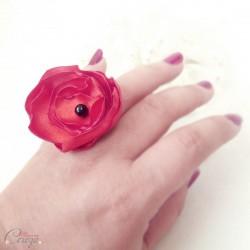 Bague fleur coquelicot rouge noir cadeau témoin personnalisable 'Bergamote'
