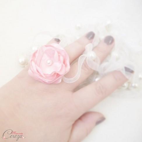 Bague fleur rose pâle perle cadeau témoin personnalisable 'Bergamote'