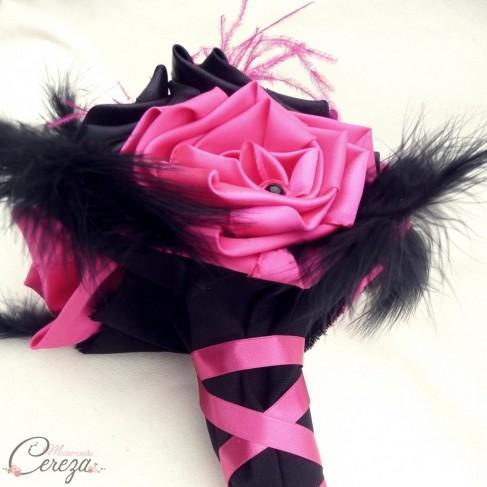 Mariage cabaret rose fuchsia noir bouquet mariée original Garance
