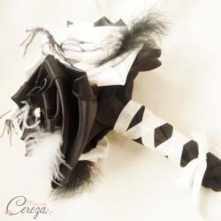 Bouquet de mariée rock plumes corset ivoire noir Garance personnalisable mariage original