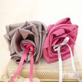 Coussin alliances original rose fuchsia gris anthracite fleur personnalisable 'Simplicité'