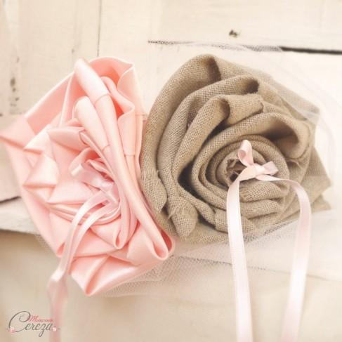 """Coussin d'alliances mariage champêtre rose lin beige jute """"Manon"""""""