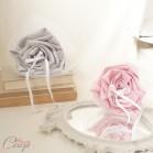 Mariage rose pale gris clair et blanc porte-alliances Duo fleurs original personnalisé