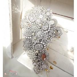Bouquet de broches bijoux cristal Swarovski perles, cristaux or Bouquet exceptionnel sur-mesure