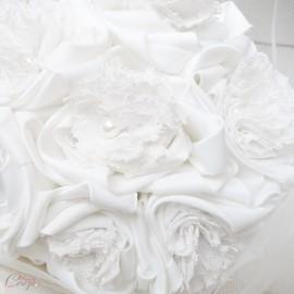 Bouquet de mariée shabby chic dentelle et perles original Colombe