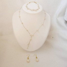Parure bijoux mariée romantique perles collier bracelet boucles oreille Azélie