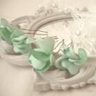 Pics à chignon fleurs coiffure romantique
