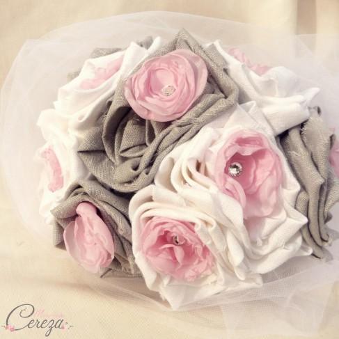 """Bouquet de mariage féérique rose gris blanc et strass de cristal """"Inès"""""""