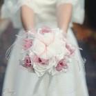 Mariage années folles bouquet bijou de plumes et satin 'Emma'