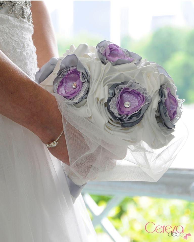 bouquet de mariée bijou éternel dentelle strass cristal ivoire parme gris cereza deco