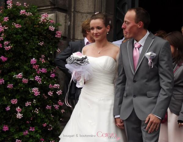 bouquet de mariée original chic gris argent ivoire rose cereza