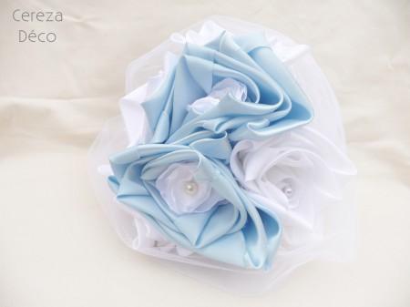 bouquet mariage original bleu ciel blanc tissu perle
