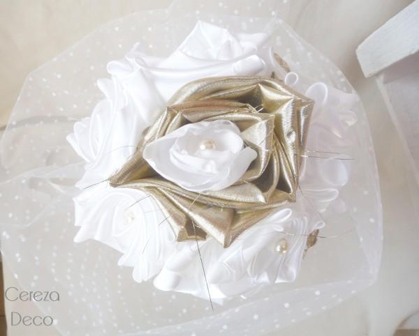 bouquet mariage original féérique tissu blanc or tulle plumetis cereza deco b6