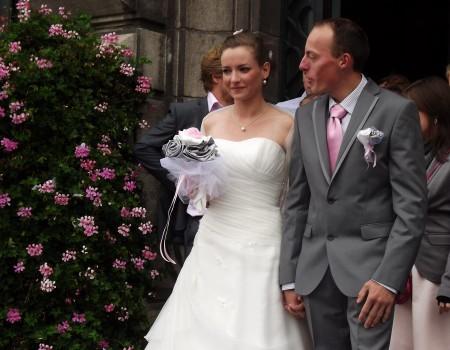 bouquet mariage original  tissu blanc rose gris argent Anne Sophie (4)