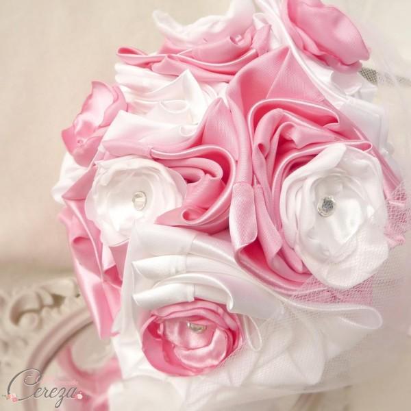 mariage rose blanc bouquet de mariée original tissu bijou strass éternel cereza deco 4