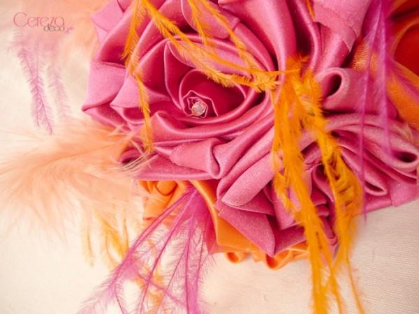mariage colore boheme plumes  orange rose fuchsia bouquet tissu Mademoiselle Cereza Deco
