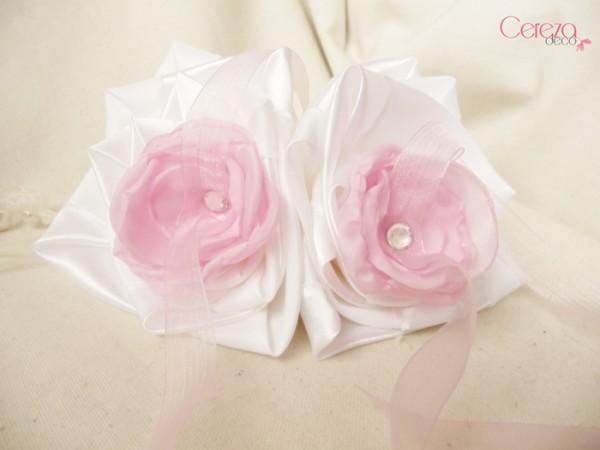 jolis mariages d'été porte alliance personnalisé mariage rose blanc strass cereza deco