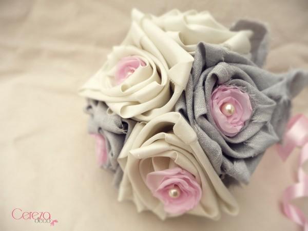 mariage rose gris ivoire bouquet tissu bijou éternel cereza deco 1