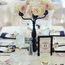 mariage baroque deco table chandelier noir original fleur blanc ivoire Mademoiselle Cereza blog mariage