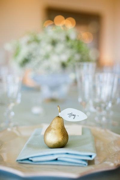 mariage bleu ciel ivoire or doré marque place original forme fruit poire capecodcollegiate tumblr com